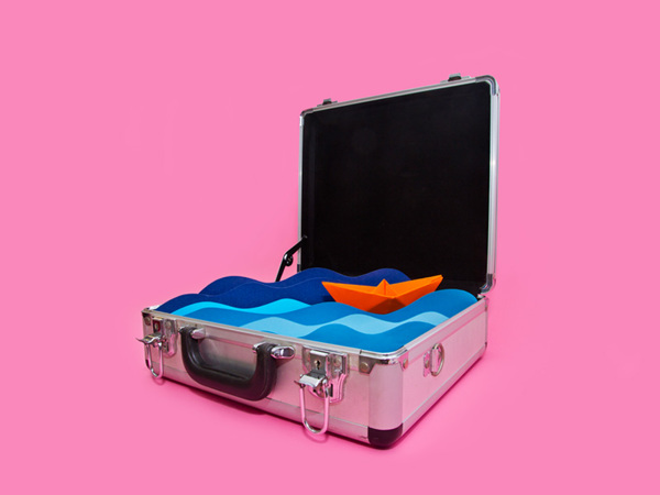 Suitcase with water inside - Art Direction by Driv Loo