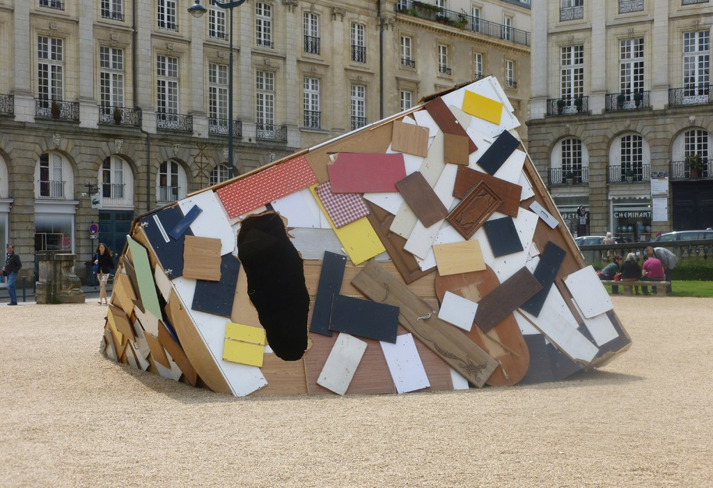 Place de Parlement - Installation Art by Simon Augade