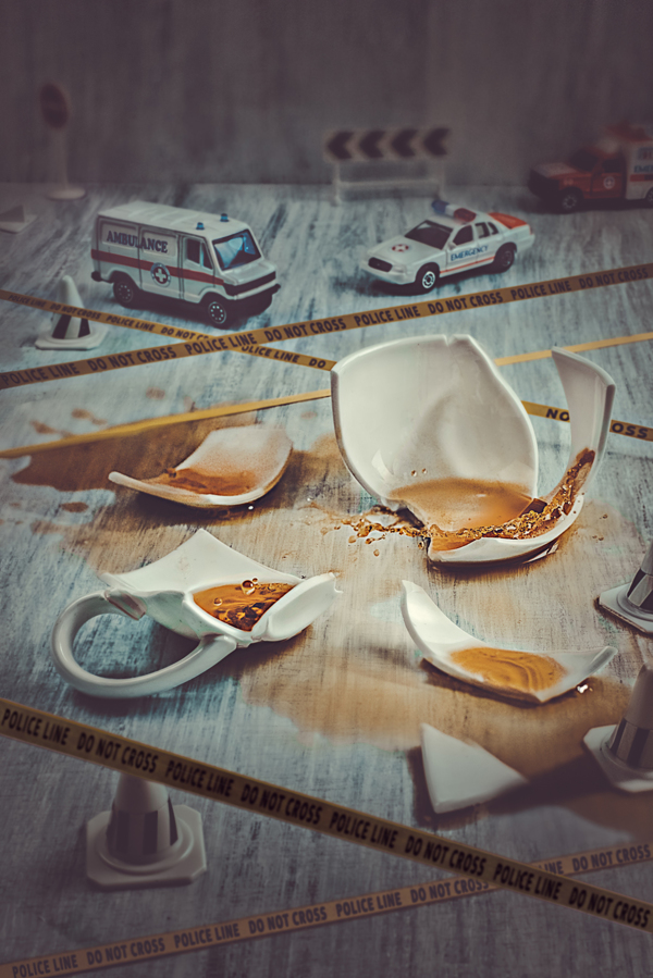 Coffee Case - Tiny Crimes - Photo by Dina Belenko