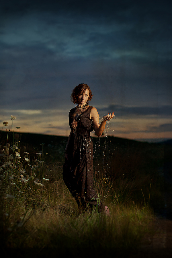 Louise Who Holds a Handful of Rain - The Dylan Songbook - Photo by Mark Hamilton