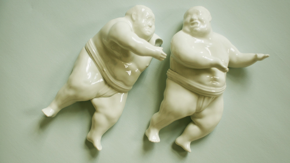 Sumo - Sculpture by Olia Gorohova