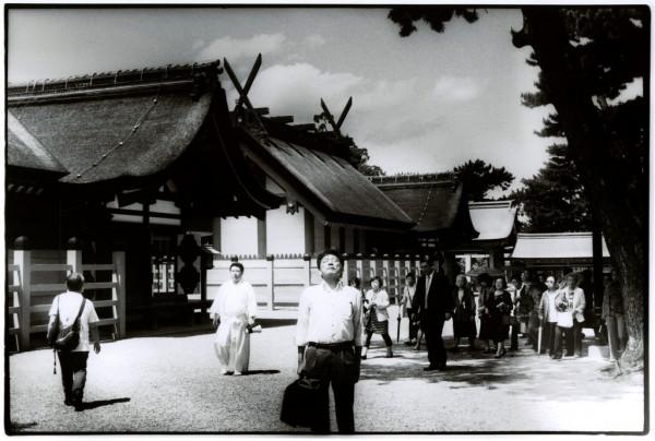Sumiyoshi Shrine - Photo by Junku Nishimura