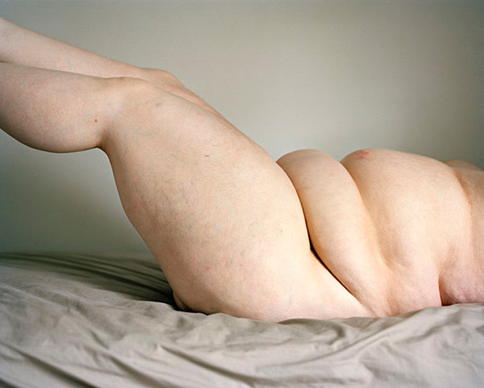 JEN DAVIS' UNABASHED, POIGNANT SELF-PORTRAITS