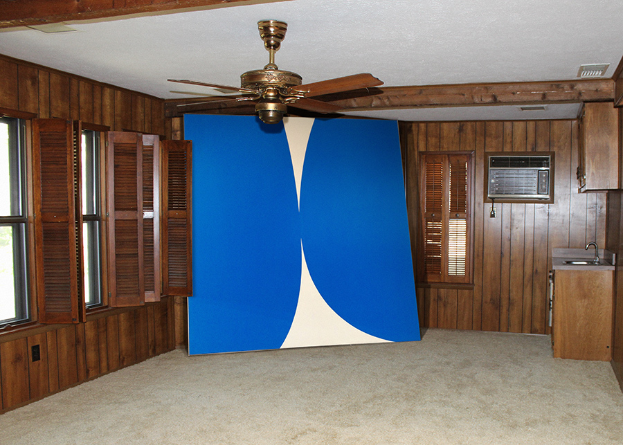 Ellsworth Kelly, in Wood Panelled Room - Great Art in Ugly Rooms - GAiUR